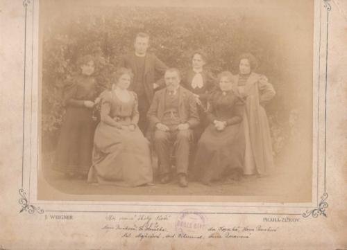 Sbor obecné školy dívčí r.1902